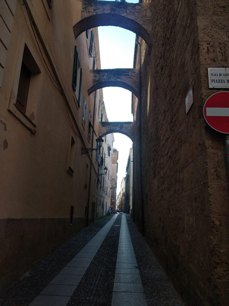 Uličky Starého mesta Alghera